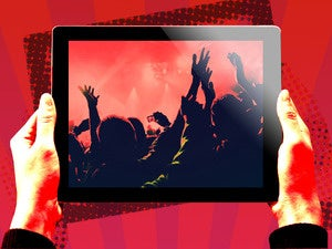 ipad celebrate concert user hands mobile tablet