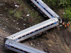 amtrak derailment train
