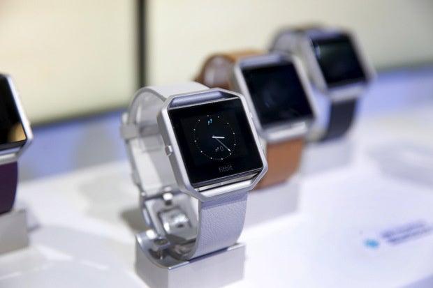 fitbit blaze smartwatch ces