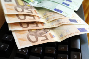keyboard money euro fraud